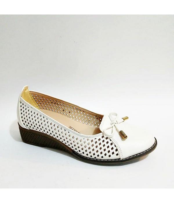 Femina Beyaz Yazlık Fiyonklu Kauçuk Taban Günlük Siyah Anne Ayakkabısı
